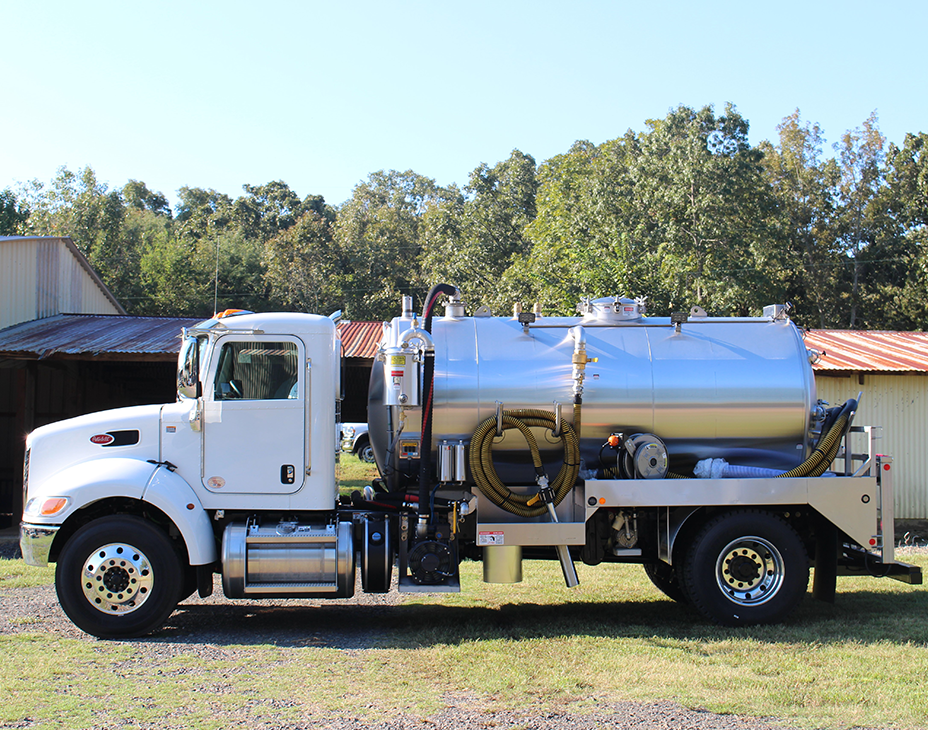 Custom-33000 GVW Truck with 2250 Gallon Septic Pumper Tank