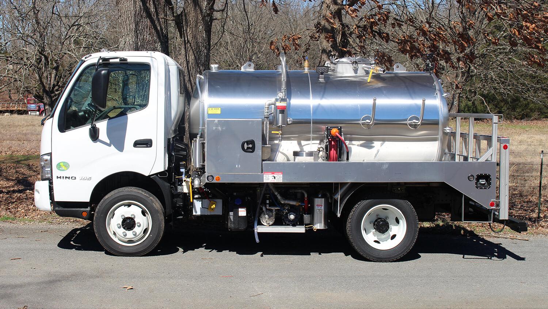 19500 GVW Truck 1100 Hino 195 03152019