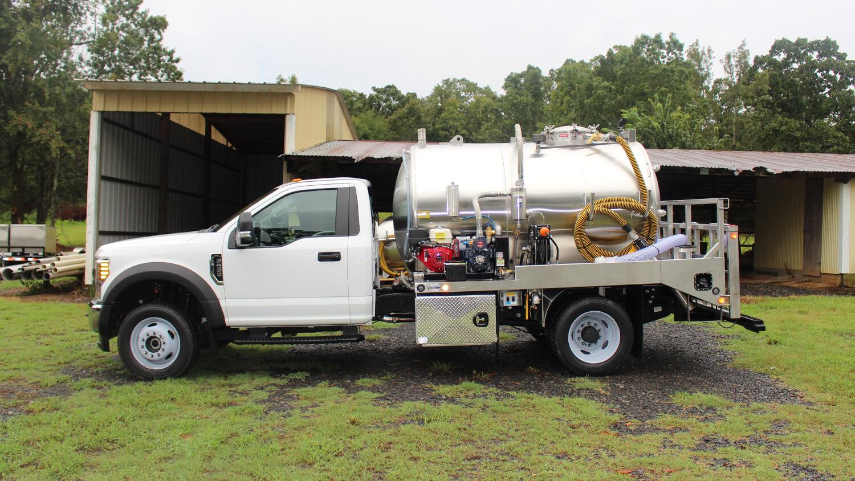 Custom 19500 GVW Truck 1100 Ford 550 0819