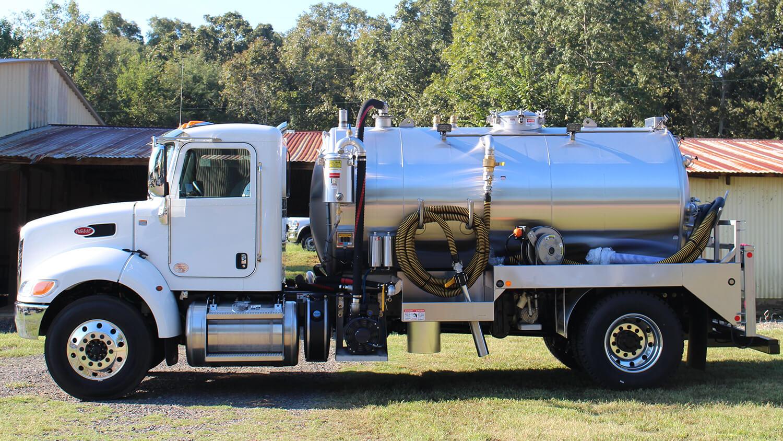 Custom 33000 GVW Truck 2250 Peterbilt 0919 (2)