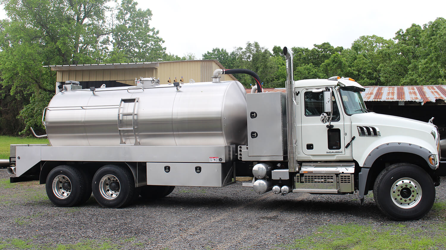 Septic Truck 3600 Mack 1218 (2)