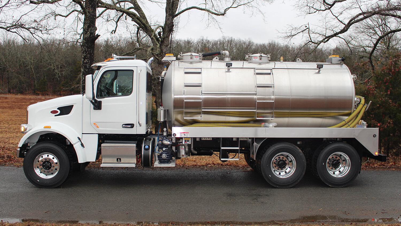 septic truck idk Peterbilt 1219